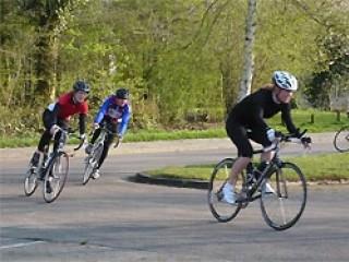 Dinsdagavond fietstraining van start